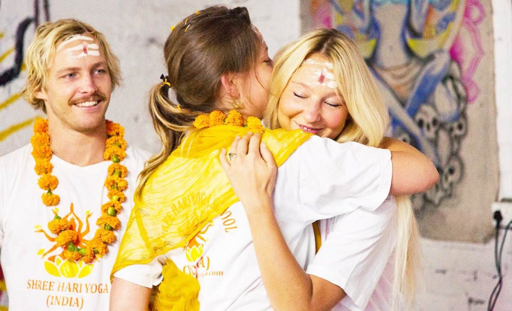 200 hour yoga teacher training yoga alliance certificate india