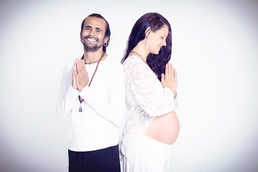 photo of pregnancy yoga couple, shree hari yoga