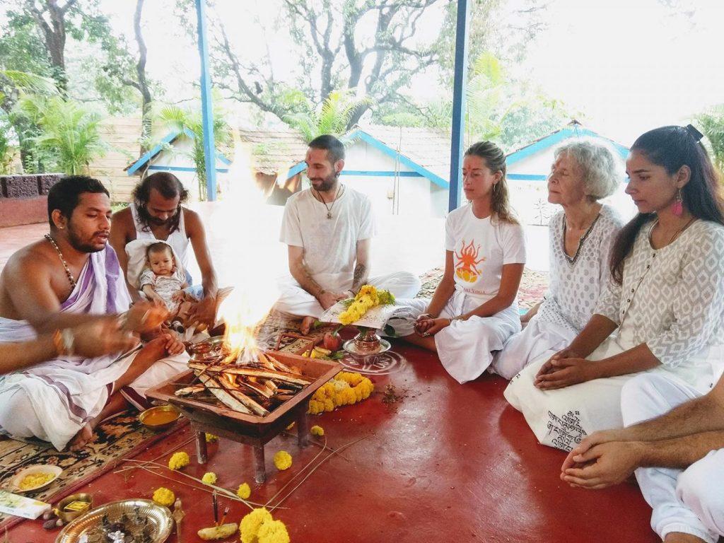 yoga teacher training in india with happy shree hari Yoga family, yoga meditation and pranayam